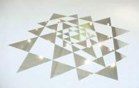 250 x 250 cm. Mirror Foil on floor